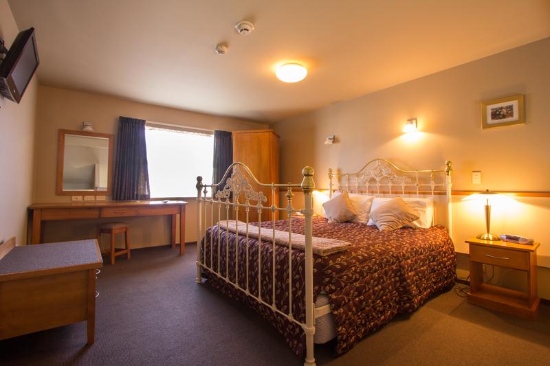 Luxury One Bedroom Deluxe